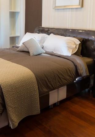 Cum să-ți amenajezi dormitorul pentru un somn liniștit