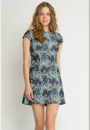 4 rochii pe care trebuie să le porți primăvara aceasta
