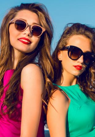 Trucuri de stil: Cum porți hainele în culori intense