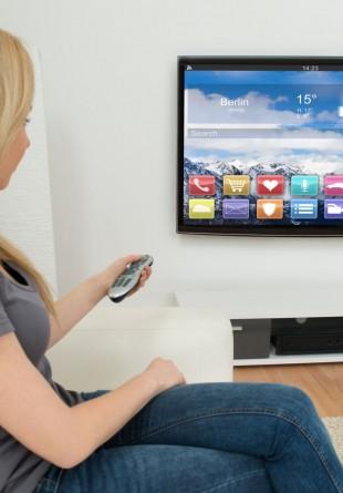3 lucruri de care să ții cont când îți cumperi un smart TV