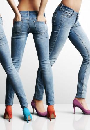 3 modele de jeans pe care trebuie să le ai în garderobă