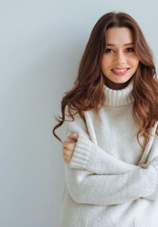 Pulovere pe care trebuie să le ai în garderobă iarna aceasta