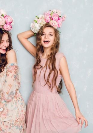 5 rochii chic de primăvară, sub 160 lei