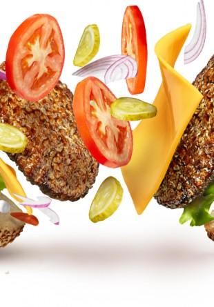 4 idei de burgeri delicioşi şi rapid de preparat