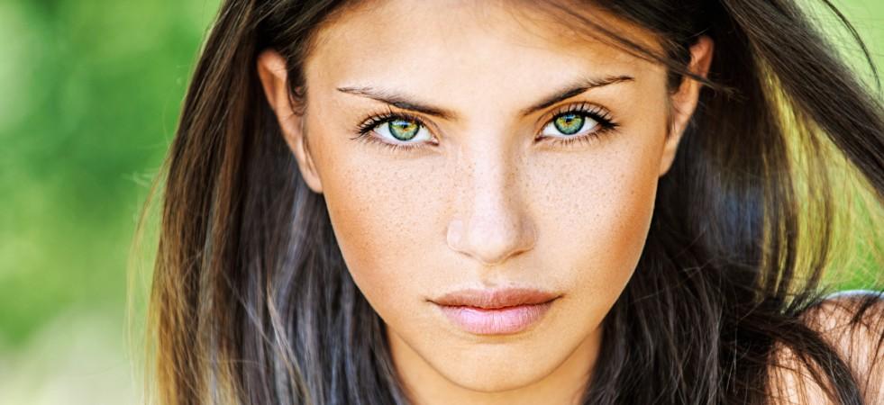 5 tipuri de machiaj pentru un look proaspăt bronzat