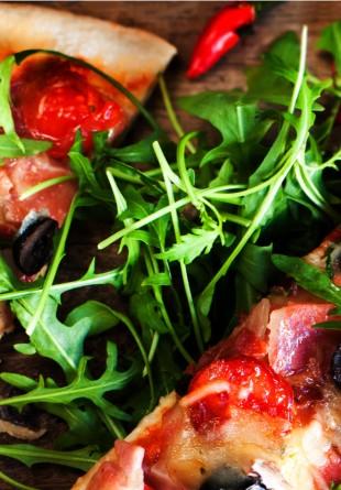 5 idei de pizza delicioase și ușoare de toamnă!