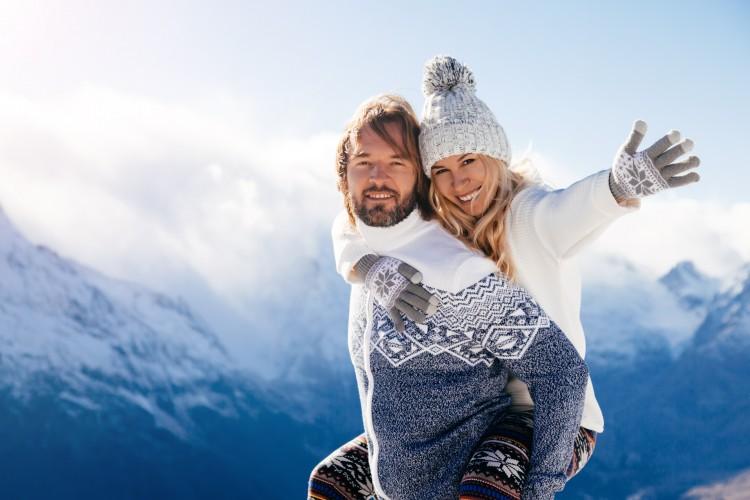 A căzut prima zăpadă! ❄ Tu ți-ai pregătit hainele groase pentru munte?